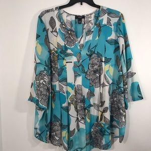 Alfani Woman Semi- Sheer Multicolor Top Size 22W